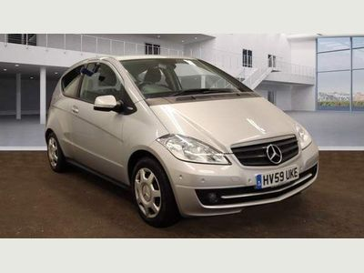 Mercedes-Benz A Class Hatchback 2.0 A160 CDI BlueEFFICIENCY Classic SE 3dr