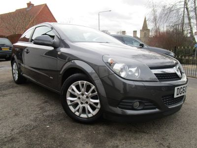 Vauxhall Astra Hatchback 1.6 i 16v SRi Sport Hatch 3dr