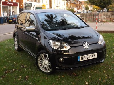 Volkswagen up! Hatchback 1.0 Club up! 5dr