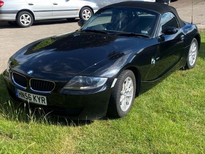 BMW Z4 Convertible 2.0 i Roadster 2dr
