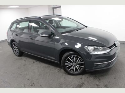 Volkswagen Golf Estate 1.0 TSI SE Nav (s/s) 5dr