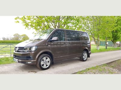 Volkswagen Transporter Combi Van 2.0 TDI T32 BlueMotion Tech Highline Crew Van FWD (s/s) 5dr