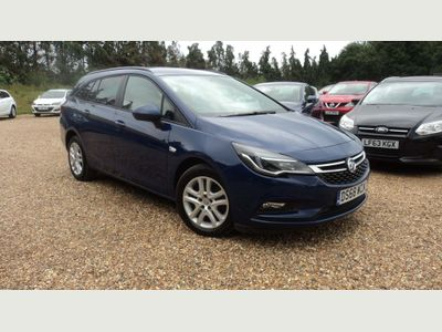 Vauxhall Astra Estate 1.6 CDTi ecoTEC BlueInjection Design Sports Tourer (s/s) 5dr