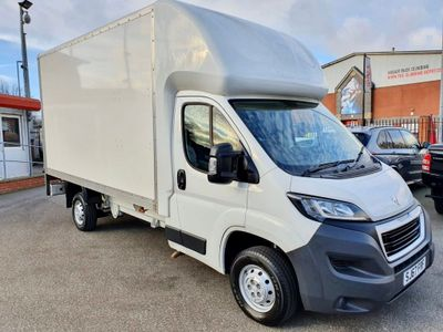 Peugeot Boxer Luton 2.0 BlueHDi 335 Built for Business L3 2dr