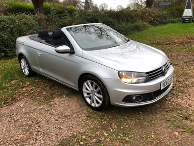 Volkswagen Eos Convertible 2.0 TDI BlueMotion Tech CR Sport Cabriolet 2dr