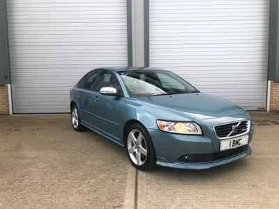 Volvo S40 Saloon 2.0 TD R-Design Sport Powershift 4dr