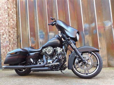 Harley-Davidson Touring Tourer 1690 FLHXS Street Glide Special Tourer