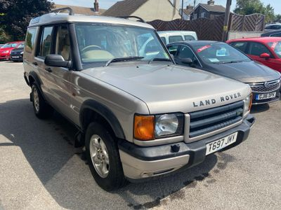 Land Rover Discovery SUV 2.5 TD5 ES 5dr