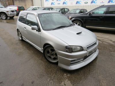 TOYOTA STARLET GLANZA V Hatchback {Edition unlisted}