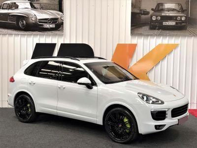 Porsche Cayenne SUV 3.0 TD Tiptronic 4WD (s/s) 5dr