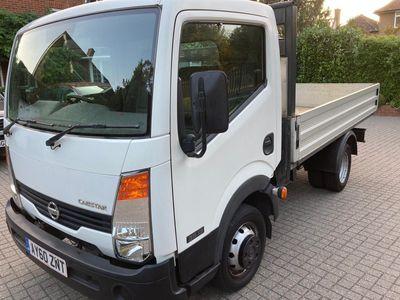 Nissan Cabstar Pickup 2.5 dCi 35.13 Basic + Dropside Truck 2dr (SWB)
