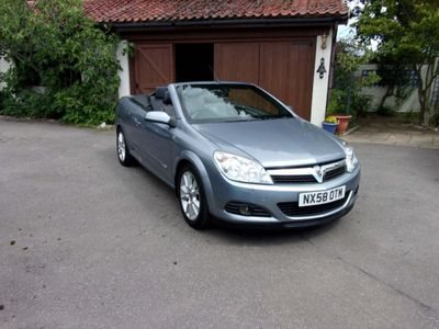 Vauxhall Astra Convertible 1.8 i Design Twin Top 2dr
