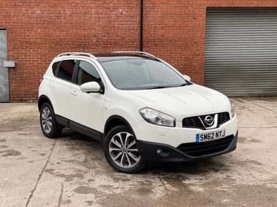 Nissan Qashqai SUV 1.6 dCi Tekna 2WD (s/s) 5dr