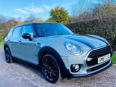 MINI Clubman Estate 1.5 Cooper Black Pack (s/s) 6dr