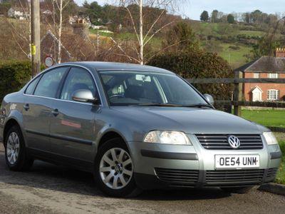 Volkswagen Passat Saloon 1.9 TDI PD Trendline 4dr