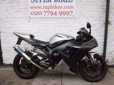 YAMAHA R1 Sports Tourer 1000