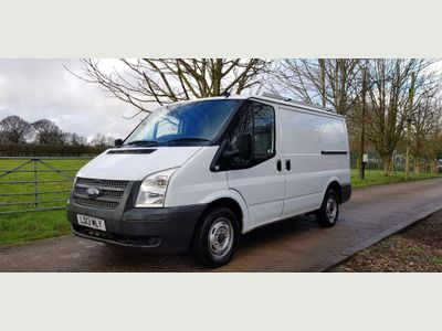 Ford Transit Unlisted TRANSIT 300 SWB LOW ROOF 100 PS 6 SPEED