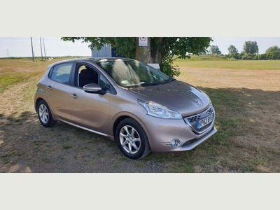 Peugeot 208 Hatchback 1.4 e-HDi FAP Active EGC (s/s) 5dr