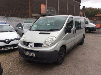 Renault Trafic Combi Van 2.0 dCi LL29 Phase 3 Crew Van 4dr (6 Seats, EU5, Nav)