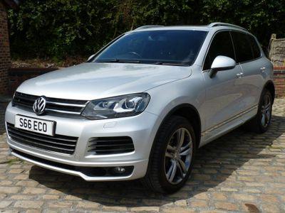 Volkswagen Touareg SUV 4.2 TDI V8 Altitude Tiptronic 4WD (s/s) 5dr