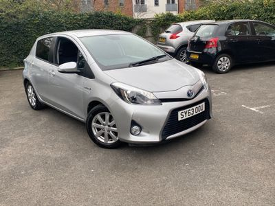 Toyota Yaris Hatchback 1.5 Icon+ E-CVT 5dr (leather)