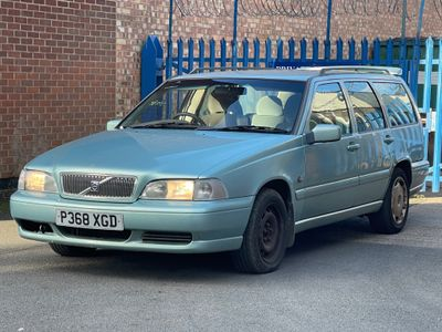 Volvo V70 Estate 2.0 10v 5dr