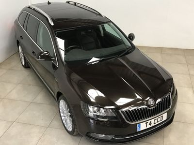 SKODA Superb Estate 2.0 TDI Laurin & Klement DSG 5dr