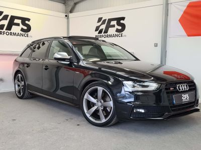 Audi S4 Avant Estate 3.0 Black Edition S Tronic quattro 5dr