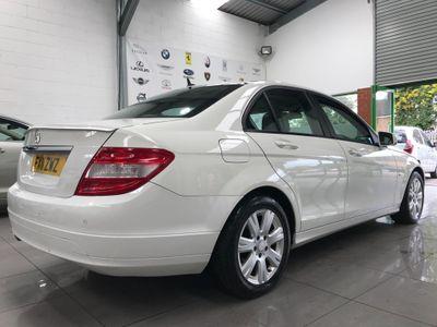 Mercedes-Benz C Class Saloon 2.1 C200 CDI BlueEFFICIENCY SE (Executive) 4dr