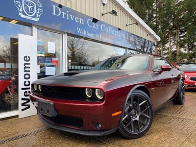 Dodge Challenger Coupe 5.7 HEMI V8 T/A LIMITED EDITION