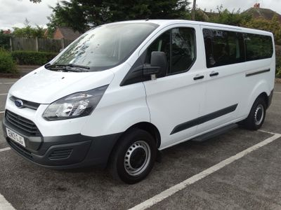 FORD TOURNEO CUSTOM Other 2.2 TDCi 300L Zetec Low Roof Bus 5dr (8 Seats, LWB)