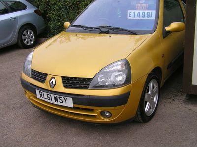 Renault Clio Hatchback 1.4 16v Dynamique + 3dr