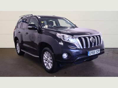 Toyota Land Cruiser SUV 2.8 D-4D Invincible 4x4 5dr (7 Seats)