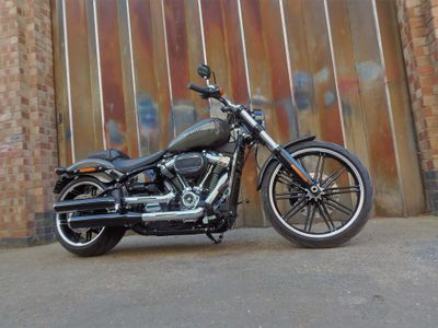 Harley-Davidson Softail Custom Cruiser 1870 Breakout