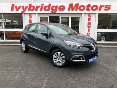 Renault Captur SUV 0.9 TCe ENERGY Expression + SUV 5dr Petrol Manual (s/s) (114 g/km, 90 bhp)