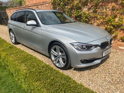 BMW 3 Series Estate 3.0 330d Luxury Touring Sport Auto (s/s) 5dr