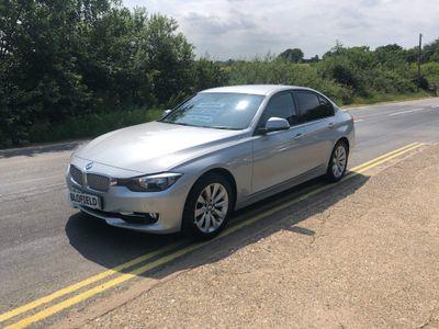 BMW 3 Series Saloon 2.0 318d Modern (s/s) 4dr