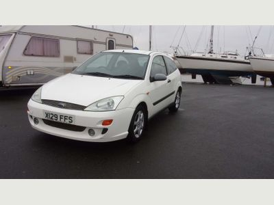 Ford Focus Hatchback 1.8 i 16v Zetec Collection 3dr