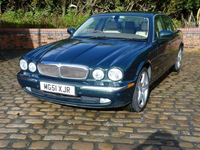 Jaguar XJ Saloon 4.2 Super LWB Saloon 4dr