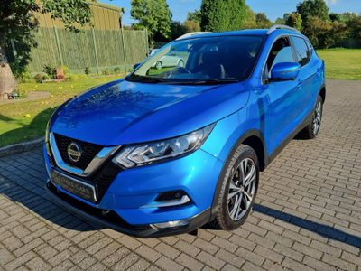Nissan Qashqai SUV 1.6 dCi N-Connecta 4WD (s/s) 5dr