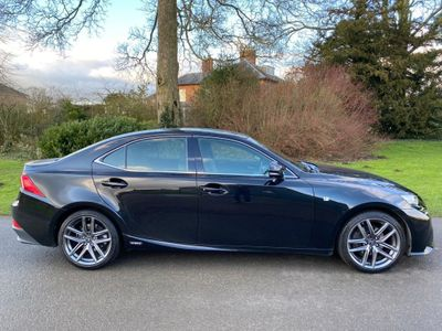 Lexus IS 300 Saloon 2.5 F Sport E-CVT 4dr