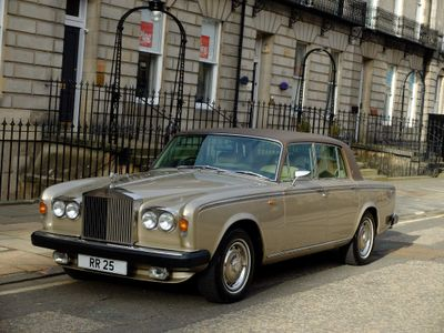 Rolls-Royce Silver Shadow Saloon 6.8 II 4dr