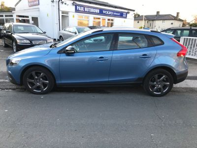 Volvo V40 Cross Country Hatchback 1.6 D2 SE Cross Country Powershift (s/s) 5dr