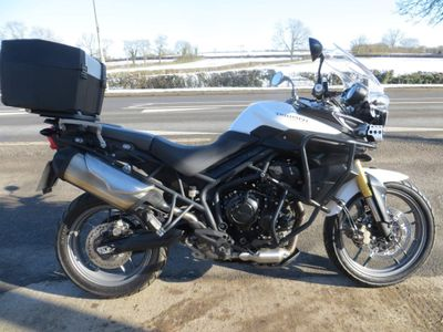Triumph Tiger 800 Adventure 800