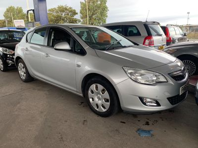 Vauxhall Astra Hatchback 1.7 CDTi ecoFLEX 99g Exclusiv (s/s) 5dr