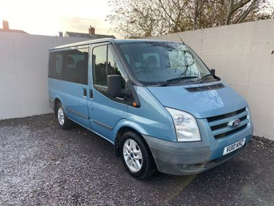 Ford Transit Minibus 2.2 TDCi Duratorq 280 S Tourneo Limited Low Roof Bus 5dr (8 Seats)