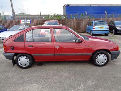 Vauxhall Astra Hatchback 1.3 L 5dr