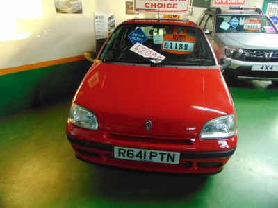 Renault Clio Hatchback 1.2 Biarritz Limited Edition 5dr