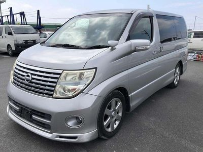 Nissan Elgrand MPV 3.5 HWS Black leather edition