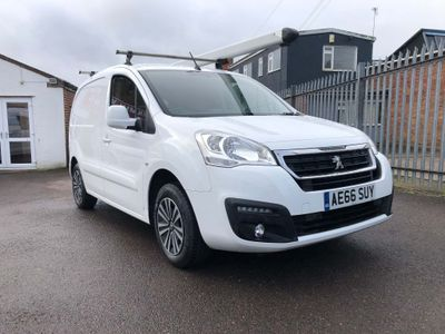 Peugeot Partner Panel Van 1.6HDi Professional 625 'LOOK' Van